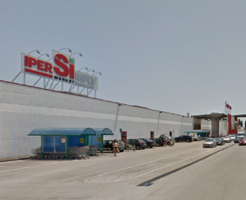 Riposto furto volante da ipersimply centro commerciale for Iper super conveniente catania