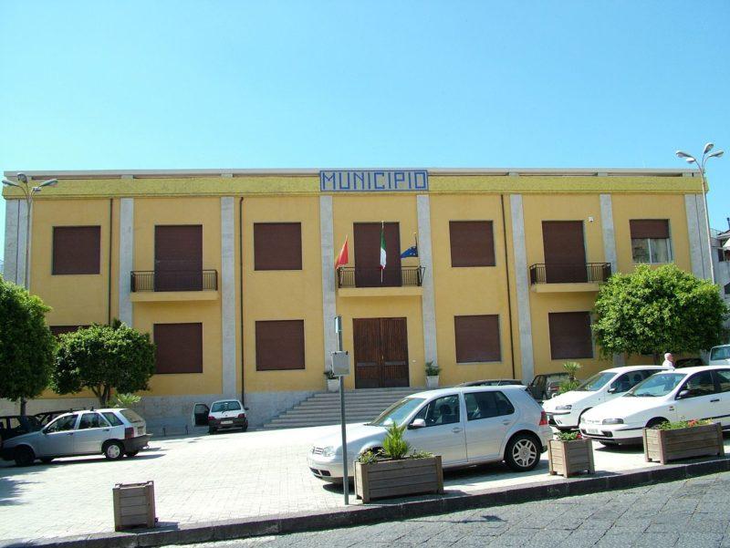 Santa Venerina, Piano triennale opere pubbliche 2019: il sindaco replica alle critiche