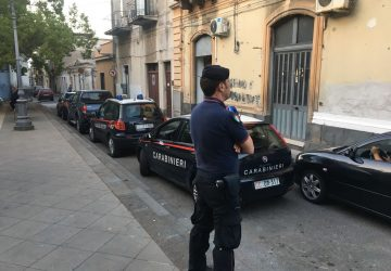Giarre, controlli a tappeto dei carabinieri. In corso di attuazione verifiche anche nelle sale da gioco e club