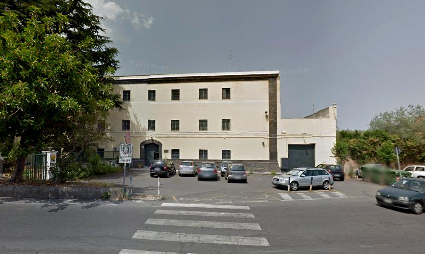 Acireale, carcere minorile: principio di incendio in una cella. Intervento dei vigili del fuoco e 118