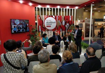 """La """"Festa del Libro di Zafferana Etnea"""" alla ribalta del salone internazionale di Torino"""