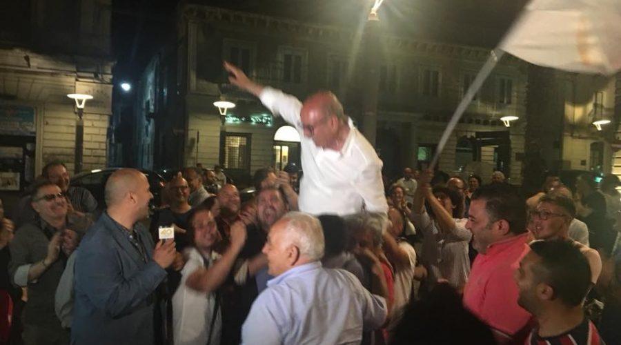 """Riposto, si riconferma sindaco Enzo Caragliano: """"Adesso più che mai ci siamo"""" GLI ELETTI"""