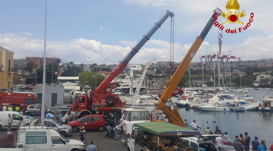 Catania, auto finisce in mare a Ognina. Intervento dei Sommozzatori dei VF