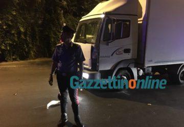 Giarre, drammatico schianto nella notte sul viale Sturzo: ferito un 17enne VIDEO