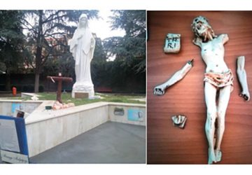 Sfregia più volte il Cristo posto ai piedi della Madonna: carabinieri beccano in flagrante il vandalo