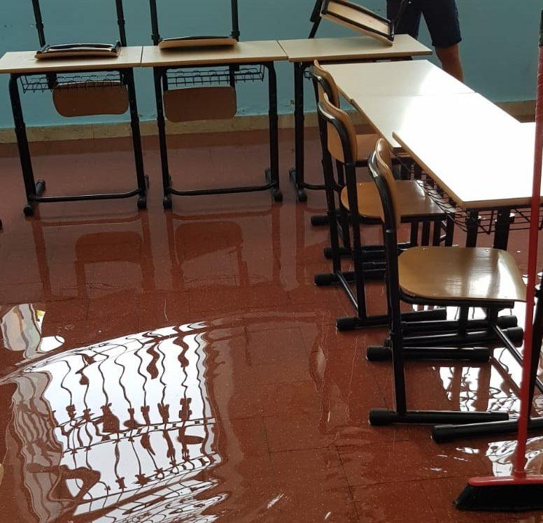 Le scuole a Giarre fanno acqua: adesso si allaga il Verga