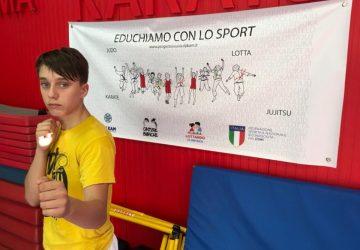 Karate, il giovane giarrese Flavio Previtera conquista il bronzo di categoria