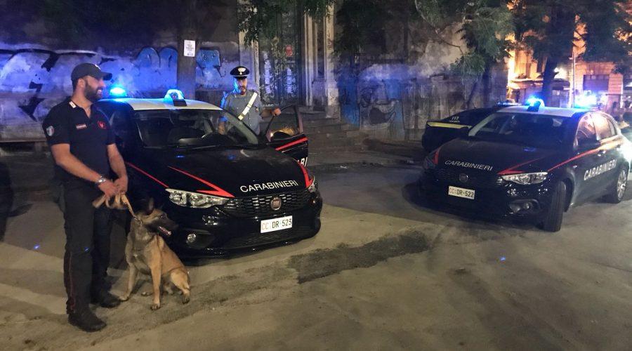 Geloso della fidanzata spara e ferisce il padre: arrestato 18enne VIDEO