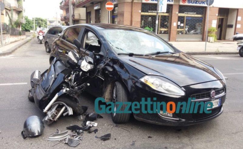 Mascali terribile incidente sulla statale 114 impatto tra uno scooter e auto due feriti - Incidente giardini naxos oggi ...