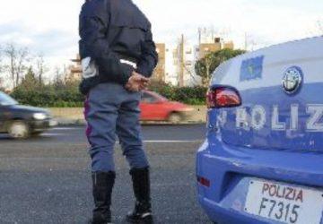 Rapine seriali in autostrada (area Aci Sant'Antonio ovest): un arresto della Polstrada