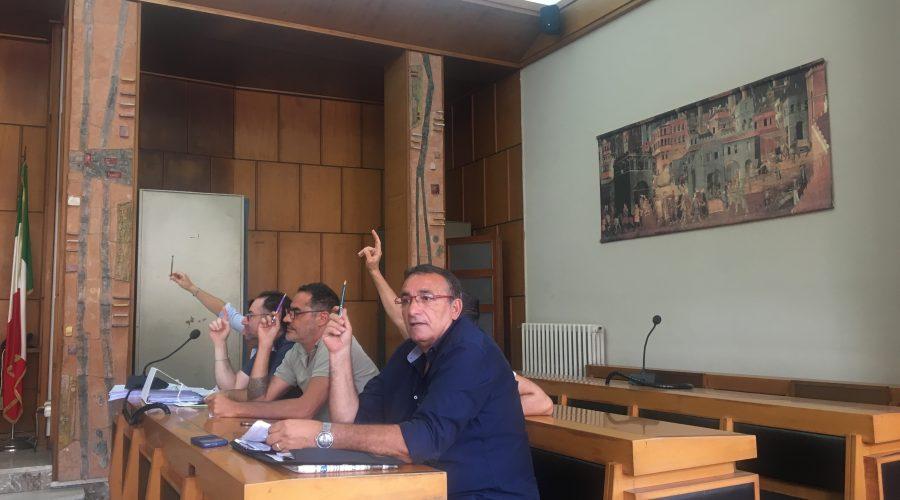 Aliquote innalzate effetto dissesto, video intervista al sindaco di Giarre