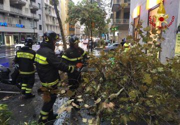 Maltempo nel Catanese: numerosi interventi dei Vigili del fuoco