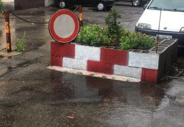 Giarre, da quattro anni la voragine di via Ariosto attende riparazione