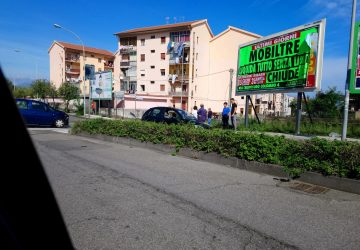 Riposto, incidente stradale in via Mattarella: due feriti
