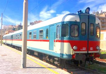 """Riattivazione ferrovia Alcantara-Randazzo: escluso il trasporto di passeggeri """"normali"""""""