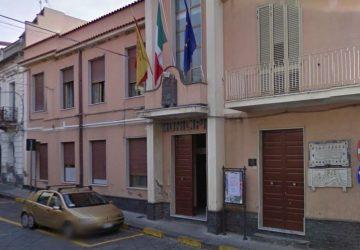 Calatabiano, l'ex sindaco Antonio Petralia all'attacco
