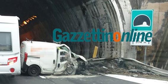 Incidente mortale in a18 vicino al casello di giardini naxos - Incidente giardini naxos oggi ...