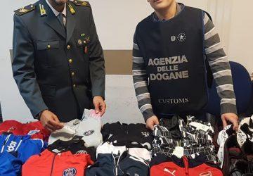 Catania, sequestrati in aereoporto capi contraffatti provenienti dal Marocco