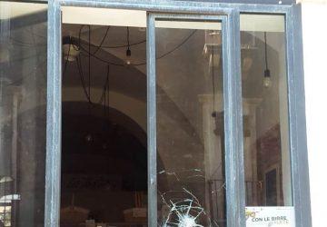 """Catania, sventata una """"spaccata"""" in un pub di via Crociferi. Arrestati due ladri"""