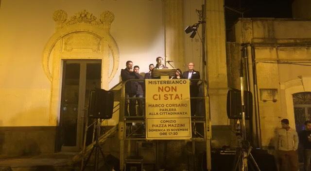 Arresto vice sindaco Santapaola: a Misterbianco protesta in piazza per le dimissioni del sindaco Di Guardo
