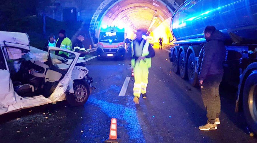 Taormina incidente mortale sull 39 a18 traffico in tilt la vittima un 61enne di messina - Incidente giardini naxos oggi ...