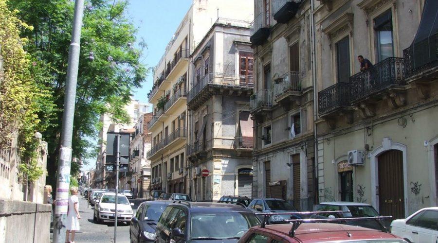 Catania nuove regole del traffico nelle vie caronda e for Ufficio decoro urbano catania