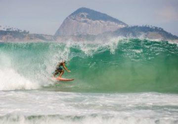 In Brasile senza attrezzatura da surf: Giudice di Pace di Acireale condanna compagnia aerea