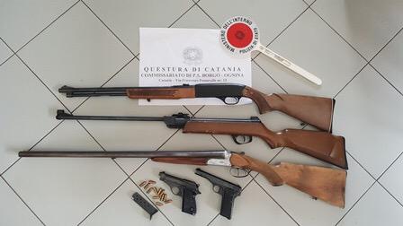Catania, controlli detenzione armi