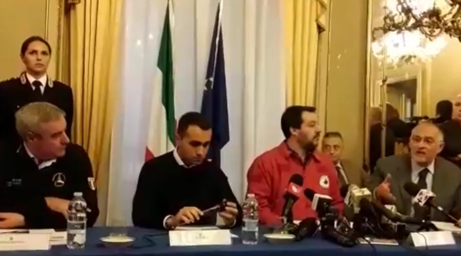 Terremoto Catania: Di Maio vuole 'procedure veloci', Salvini 'pieni poteri ai sindaci'
