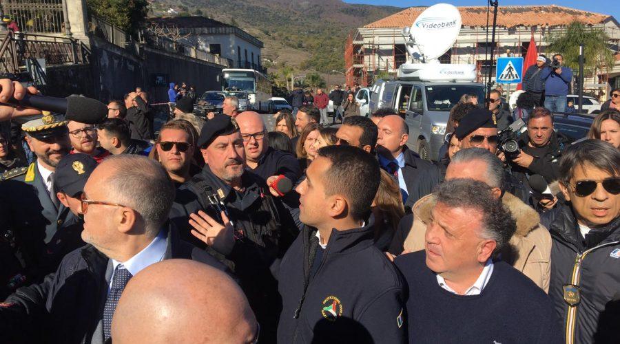 """Terremoto di Santo Stefano, Luigi Di Maio in visita: """"Domani dichiareremo stato di emergenza e stanzieremo fondi necessari"""" VIDEO"""