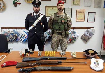 Scordia, scovate armi clandestine e munizioni: insospettabile in manette.