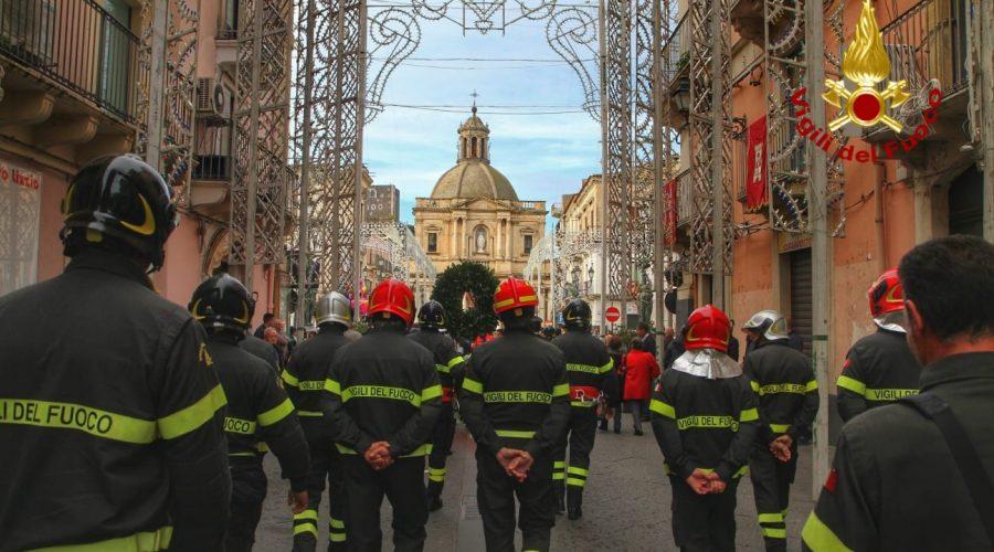 A Paternò, le celebrazioni di Santa Barbara: in festa i Vigili del fuoco