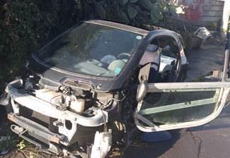 Catania, auto incidentate abbandonate per strade: pioggia di denunce
