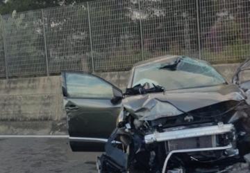 Tamponamento in Tangenziale a Catania: auto si ribalta. Tre feriti