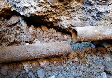 Sant'Alfio, sisma e gelo danneggiano la condotta idrica