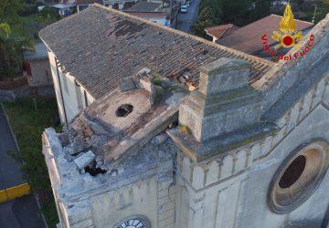 Acireale, nuove verifiche dei Vigili del fuoco nella chiesa di Pennisi