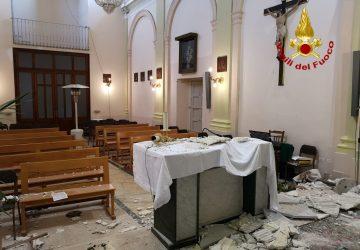 Acireale, verfiche dei Vigili del fuoco nella chiesa di Fiandaca VIDEO