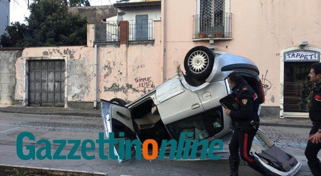 Giarre, pauroso incidente in piazza Carmine FOTO-VIDEO
