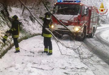 Emergenza neve, diversi interventi dei Vigili del fuoco a Catania e provincia