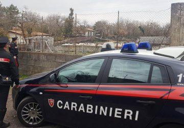 Catania, il padre picchia di nuovo la madre, il figlio, chiede aiuto e lo fa arrestare
