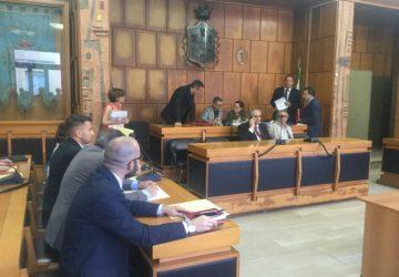 Giarre, nota di FdI su legittimità revoca dimissioni revisore e impiego degli oneri concessori
