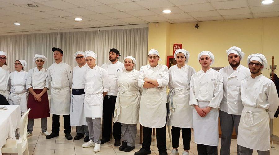 """Incontro conclusivo del progetto """"Il Pizzaiolo"""" all'Istituto Alberghiero di Giarre"""
