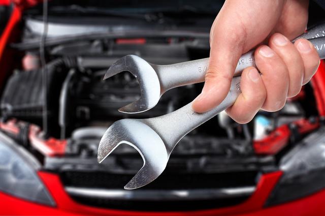 Manutenzione dell'auto: i cavi di accensione Hella