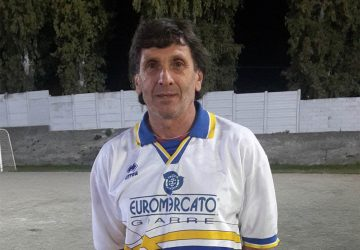 Sui campi da calcio a 56 anni: la grinta e la passione di Nicola Dolce. Sabato il suo esordio con la Giovanile Mascali