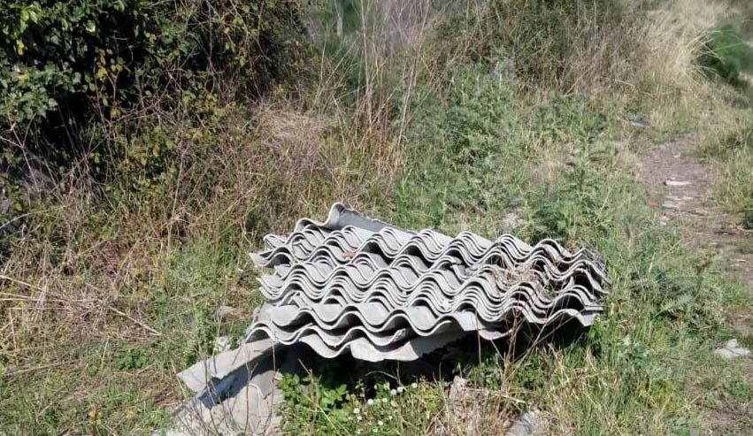 Giarre bomba ecologica nel torrente macchia la for Mobilia francavilla