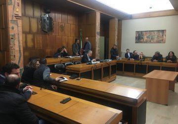 """Giarre, gettoni consiglieri comunali: esplode la """"bomba"""" Raffaele Musumeci"""