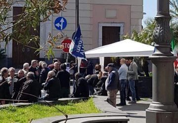 Carrubba di Giarre, senso unico in via San Martino: silenzio tombale dell'amministrazione