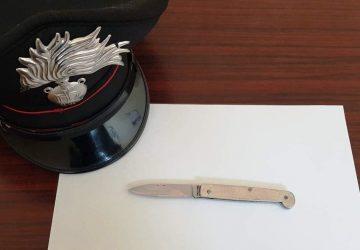 Castel di Iudica, minaccia la fidanzata con un coltello: denunciato