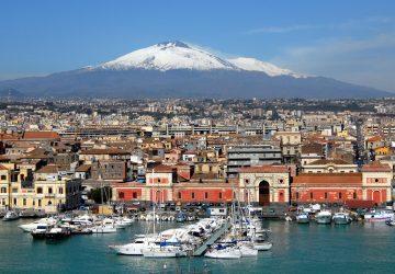 """Catania, """"pizzicati"""" altri due tassisti abusivi al porto"""