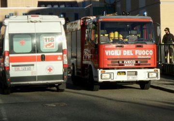 Linguaglossa, grave incidente in via San Giuseppe. Intervento dei Vigili del fuoco